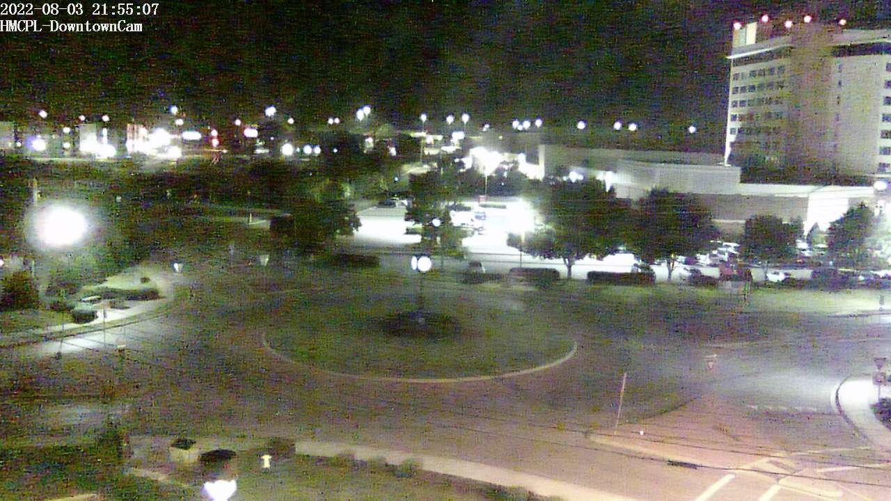 Image from the DowntownCam that updates every few seconds.